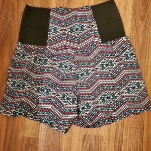 💥Aztec design high waisted shorts